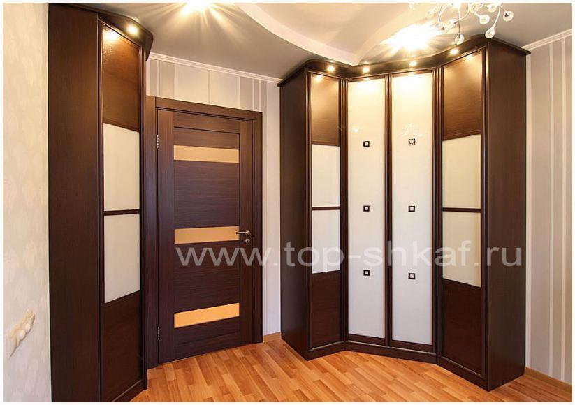 Угловой шкаф с плоттерным рисунком плёнками Oracal
