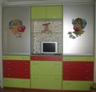 Яркая мебель в детскую комнату