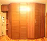 Шкаф с распашными дверми в прихожую