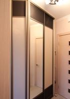 Шкаф с дверями гармошка