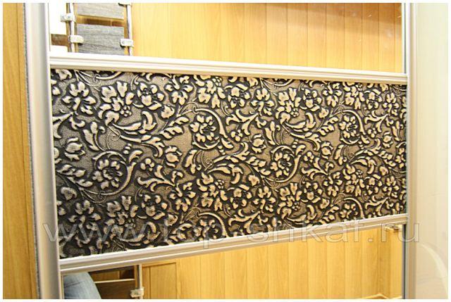 Шкаф-купе с декоративной кожей